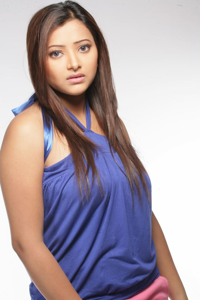 Shweta Basu Photos