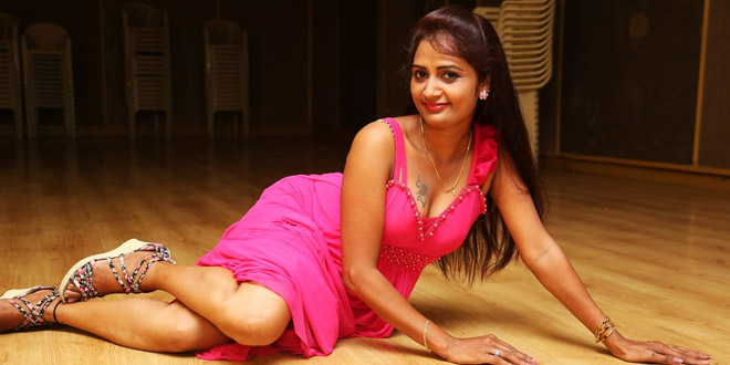 Actress Kaveri Photoshoot